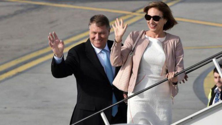 Președintele Klaus Iohannis și prima doamnă, la Slujba de Crăciun