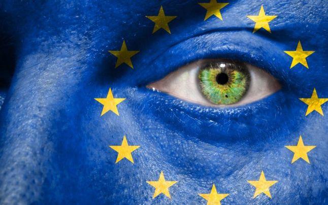Sondaj INSCOP: Majoritatea românilor (78,2%) consideră că sunt priviţi drept 'cetăţeni de mâna a doua' în UE