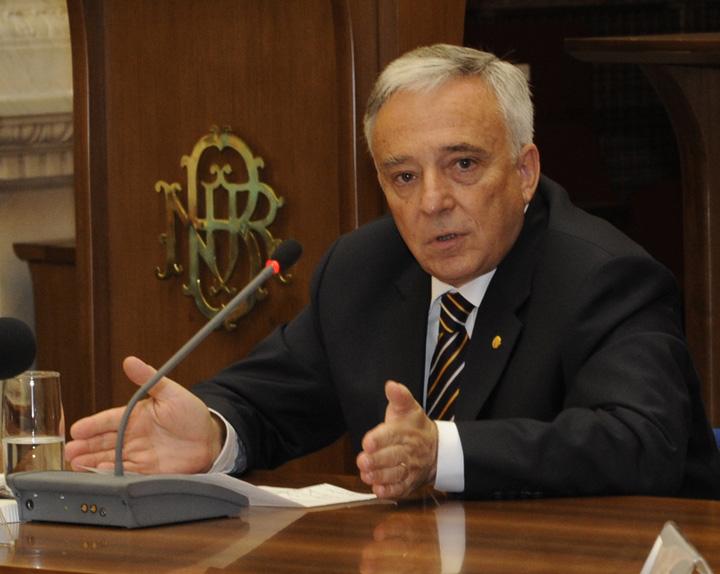 Mugur Isărescu: Inflația a ajuns în jur de 5%. Creșterile de prețuri sunt semnificativ mai mari