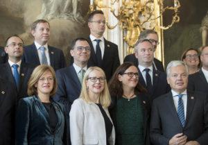 Ministrul oprea informală CAE-Comerț