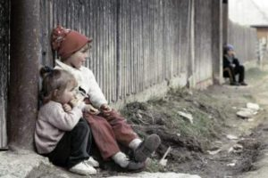 ALARMANT România țara copiilor fără părinți