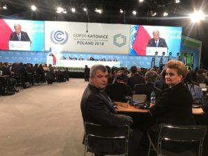 Viceprim-ministrul, ministrul Mediului, Gratiela Leocadia Gavrilescu si Ambsadorul Romaniei in Rep. Polonia, Ovidiu Dranga (2)