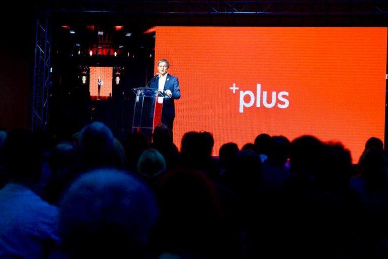 Dacian Cioloș amenință că PLUS va ieși de la guvernare