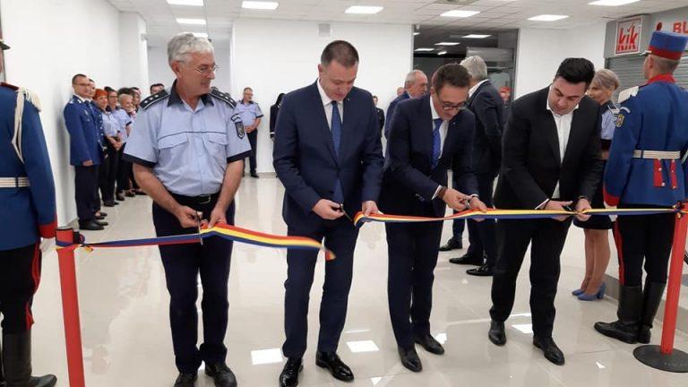 Ministrul Fifor – la inaugurarea noului sediu al Serviciului Permise și Înmatriculări de al Deva