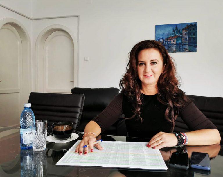 Deputatul PSD Natalia Intotero își prezintă raportul parlamentar