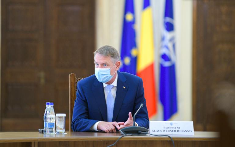 Iohannis: Până în vară poate terminăm cu pandemia