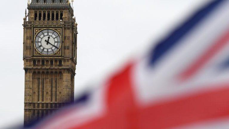 5 milioane de britanici au interzis în Europa din cauza vaccinului folosit la imunizare