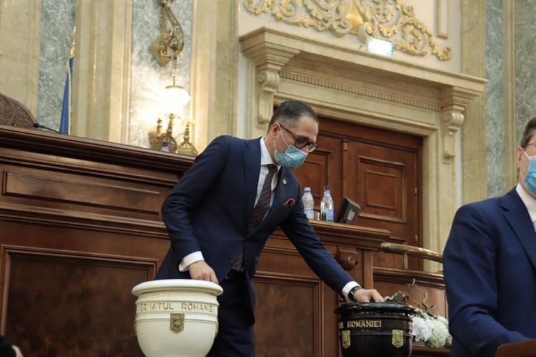 Bogdan Matei către Orban: După o lunga perioadă în care ți-am suportat incompetența Guvernului tău, este timpul să pleci