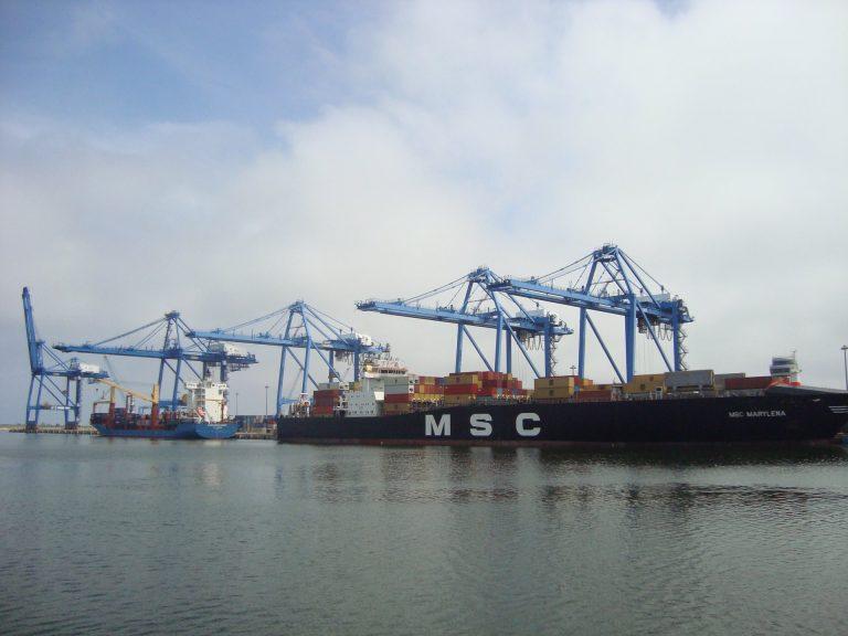 Controale după exploza din Beirut: Aproape 26.000 tone de azotat de amoniu – descărcate în Portul Constanţa