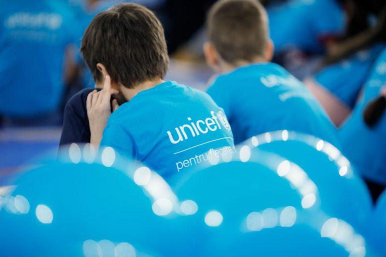 UNICEF: La un an de la declanșarea pandemiei, s-au înregistrat regrese la aproape toți indicatorii referitori la viețile copiilor