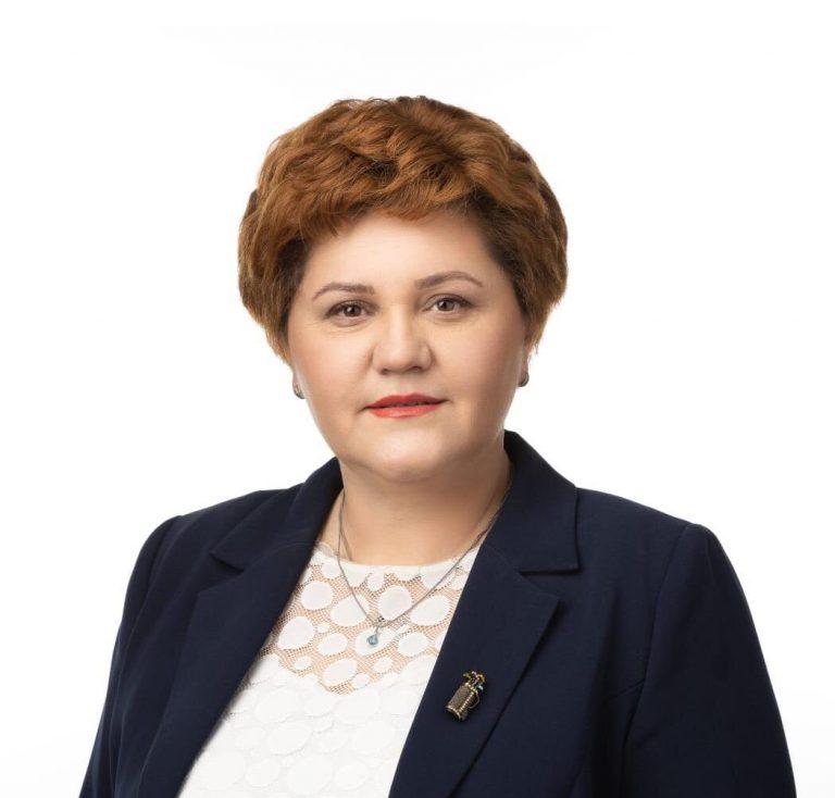 Deputata Oana Ozmen se află astăzi într-o vizită de lucru la Craiova: Astfel de întâlniri și vizite în teritoriu sunt necesare