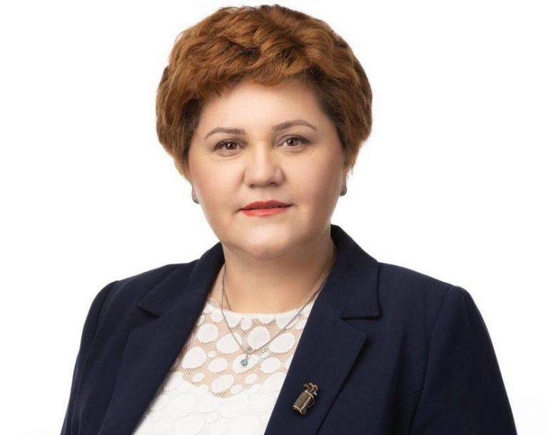 Deputata Oana Ozmen(USR PLUS): Ne propunem îmbunătățirea eficienței energetice cu 32,5% până în 2030