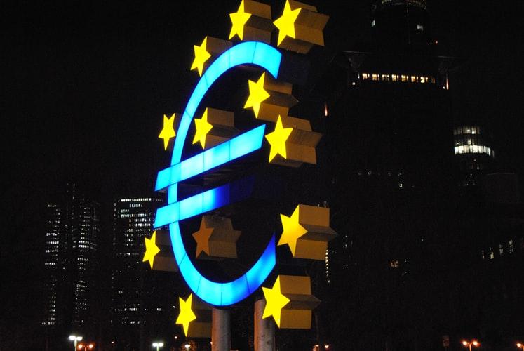 S-a dat startul la concursul Uniunii Europene pentru tineri traducători