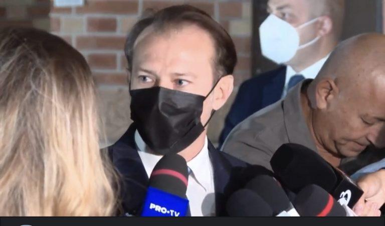 ULTIMĂ ORĂ/ Florin Cîțu, despre demisiile miniștrilor USR: Răul a fost făcut când s-au asociat cu AUR