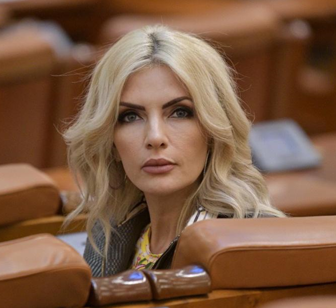 Laura Vicol(deputat PSD): Guvernul nu trebuie să plece pentru că nu se înțeleg USRPLUS și Cîțu – trebuie să plece pentru că face rău românilor