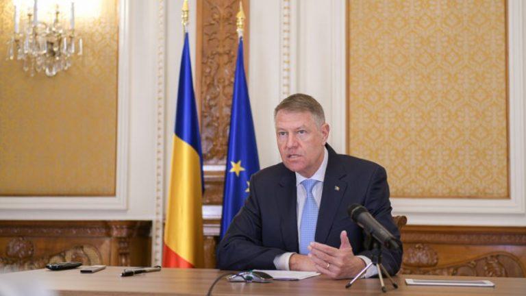 Iohannis așteaptă luni, la Palatul Cotroceni, partidele la consultări